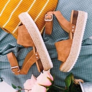 Shoes - HELLO SPRING Comfy Wedges - TAN